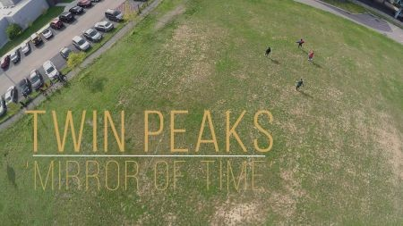 Twin Peaks band debuts music video for 'Mirror of Time'