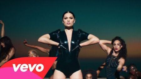 Jessie J proves to be one 'Sweet Talker'