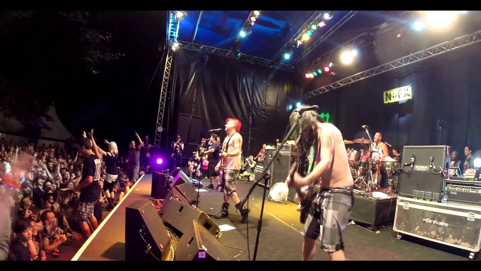 After thirty years on stage NOFX is still punk in drublic