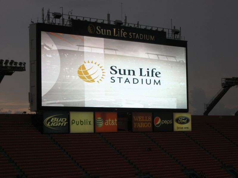 How to get to Sun Life Stadium by public transportation