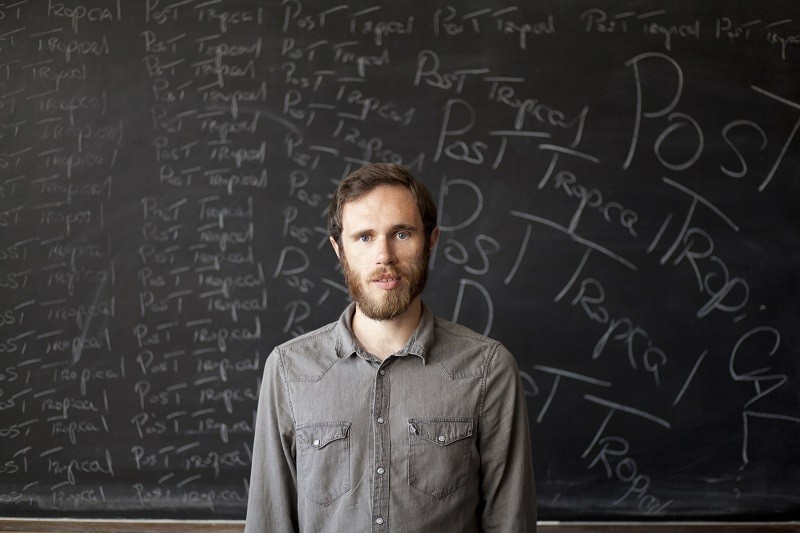 James Vincent McMorrow to release deluxe version of 'Post Tropical' November 11