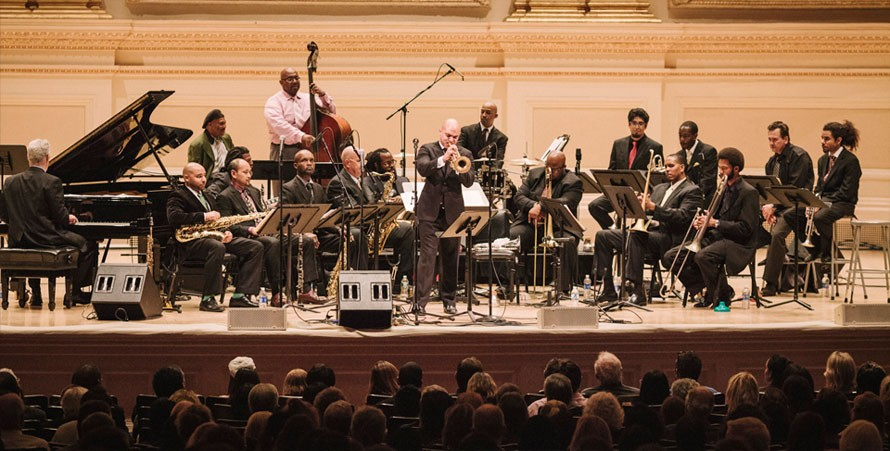 Irvin Mayfield & The New Orleans Jazz Orchestra bring down the house!