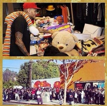 Chris Brown thanks fans after Christmas toy drive: 'Have a wonderful holiday'