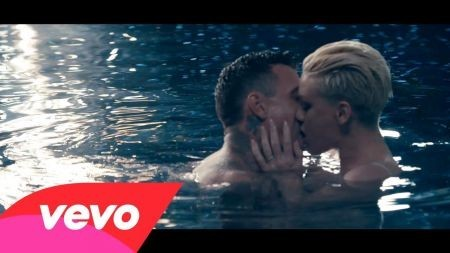 Pink shares new single, video 'Just Give Me a Reason'