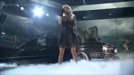 Carrie Underwood performs 'Two Black Cadillacs' on 2013 ACM Awards