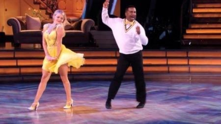 Carlton swings into Denver: Alfonso Ribeiro is coming to The Paramount Theatre