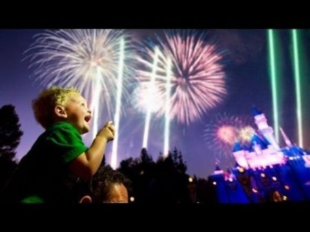 Best places to watch fireworks on New Year's Eve in Los Angeles