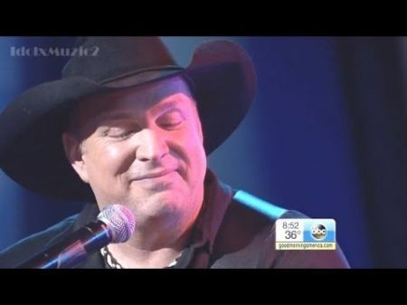 Garth Brooks to return to Detroit after 18 years; tickets on sale Friday
