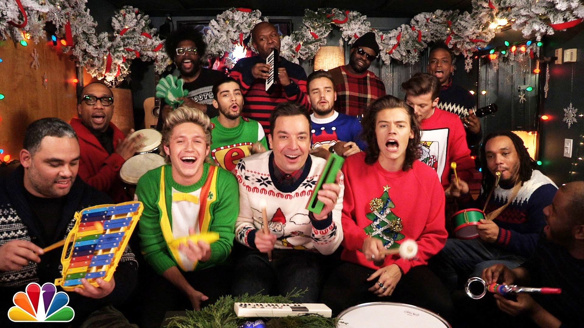 One Direction sing \'Santa Claus Is Coming To Town\' with Jimmy Fallon ...