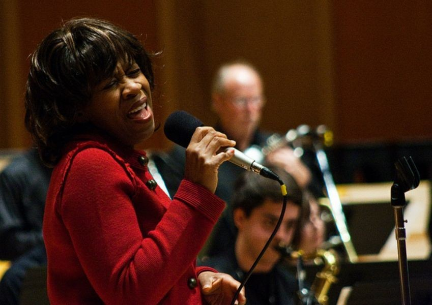 Pacific Lutheran University hosts Holiday Jam with Gail Pettis