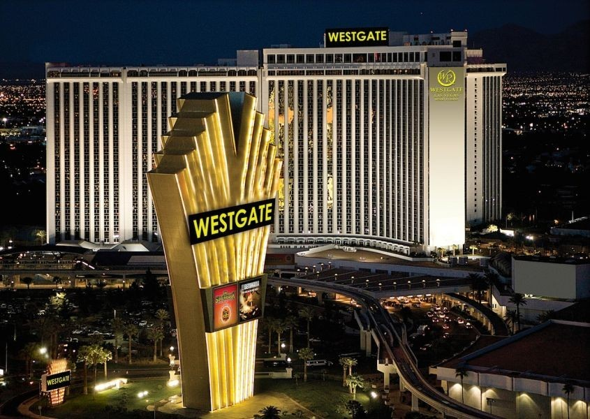 Las Vegas Toys For Tots : Westgate las vegas to host benefit concert for toys for tots axs