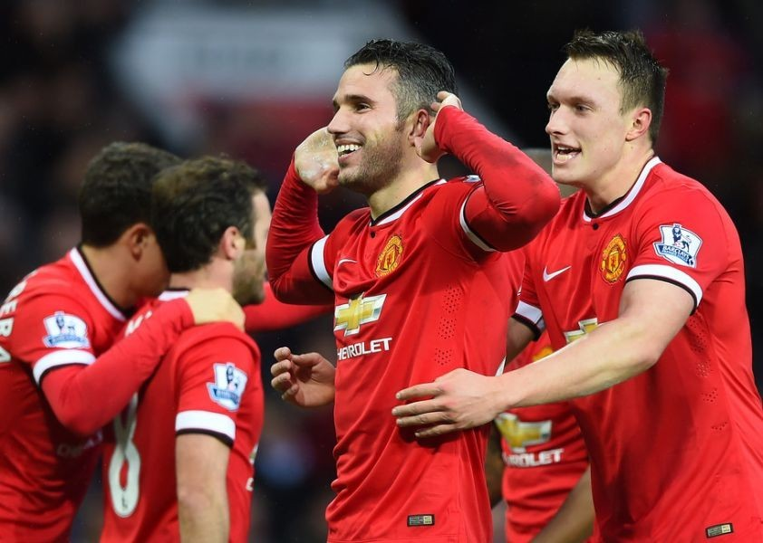Man U extends win streak to six with huge win over Liverpool at Old Trafford