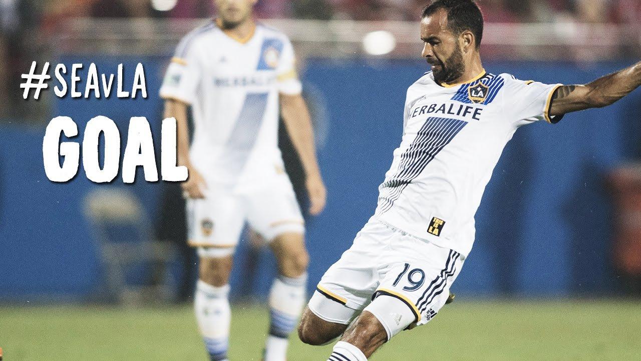 big sale 17e6a 783ac Juninho wins the 2014 LA Galaxy Goal of the Year - AXS
