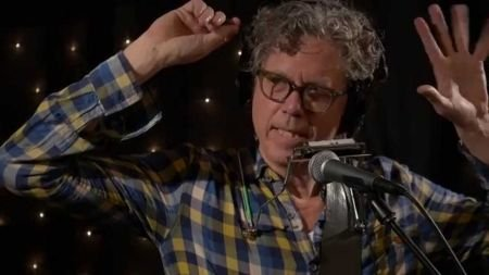 Swimming in a pool of our own: An interview with Gary Louris of The Jayhawks