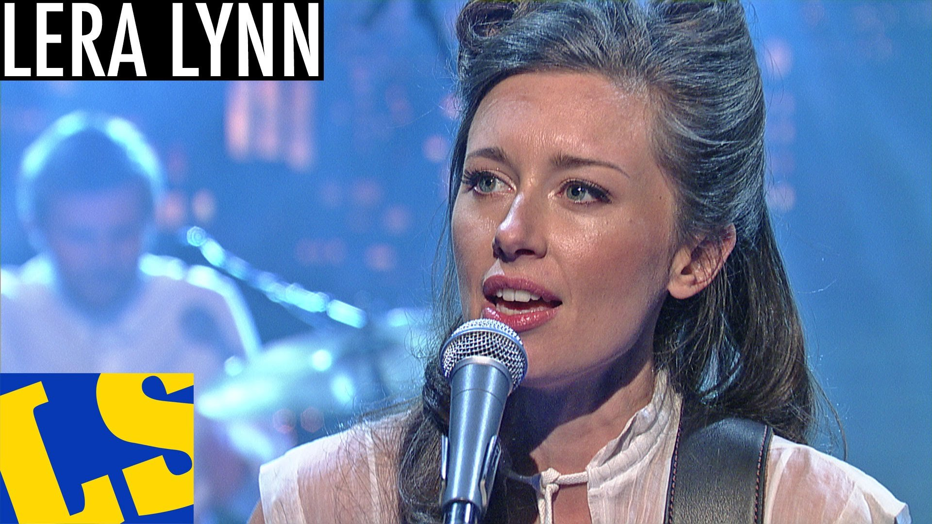 Lera Lynn performs 'Out to Sea' on the 'Late Show with David Letterman'