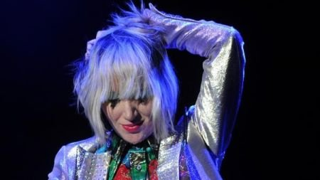 """Karen O is releasing a special limited edition 7"""" for her track 'Rapt'"""