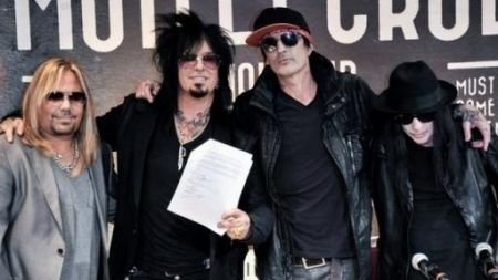 Motley Crue announce tour dates and last ever gig at Staples Center