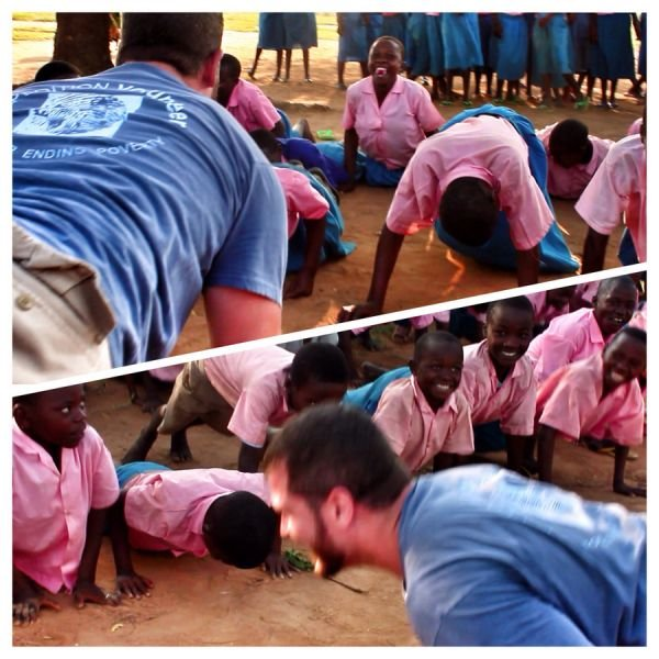AXS does PushUps4Poverty