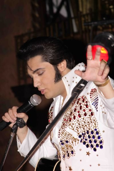 'The World's Ultimate Elvis' Justin Shandor to return to M Resort in 2015
