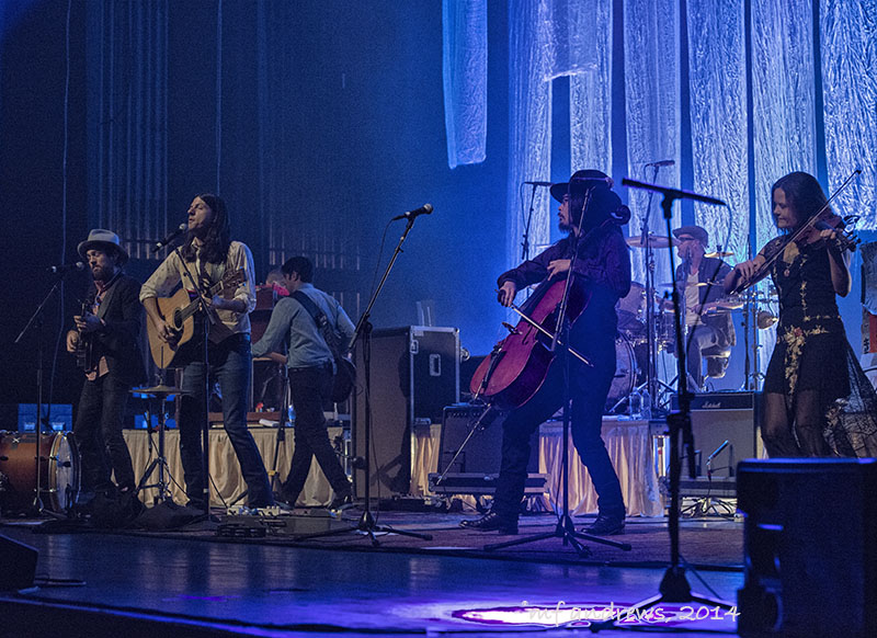 The Avett Brothers: Triumphant concert at Tucson Music Hall