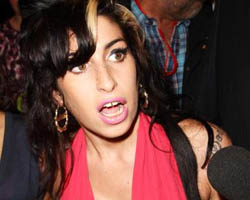 Amy Winehouse Wins Posthumous Grammy For Tony Bennett Duet 'Body and Soul'