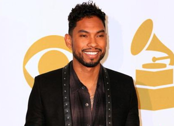 Miguel backstage at the 2013 Grammy Nominations Concert