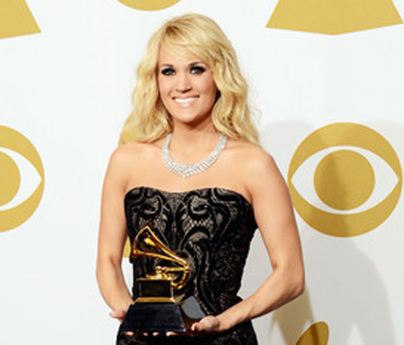 Carrie Underwood backstage at the 2013 Grammy Awards