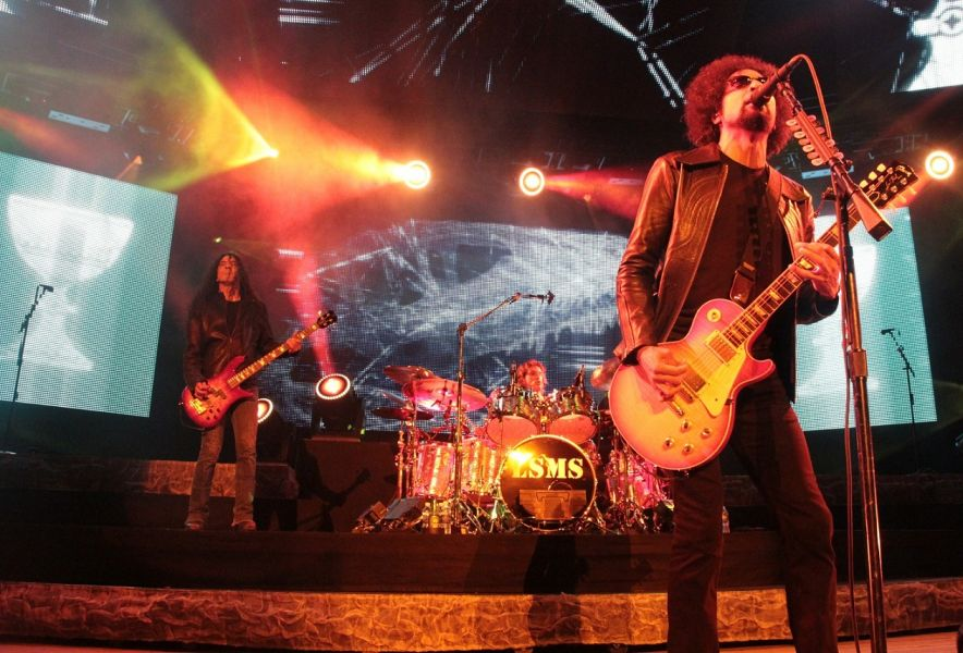alice in chains schedule dates events and tickets axs. Black Bedroom Furniture Sets. Home Design Ideas