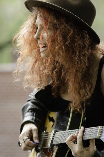 Amanda Kravat talks about her triumphant return to music