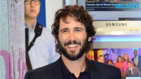 Josh Groban announces additional tour dates for the fall of 2015