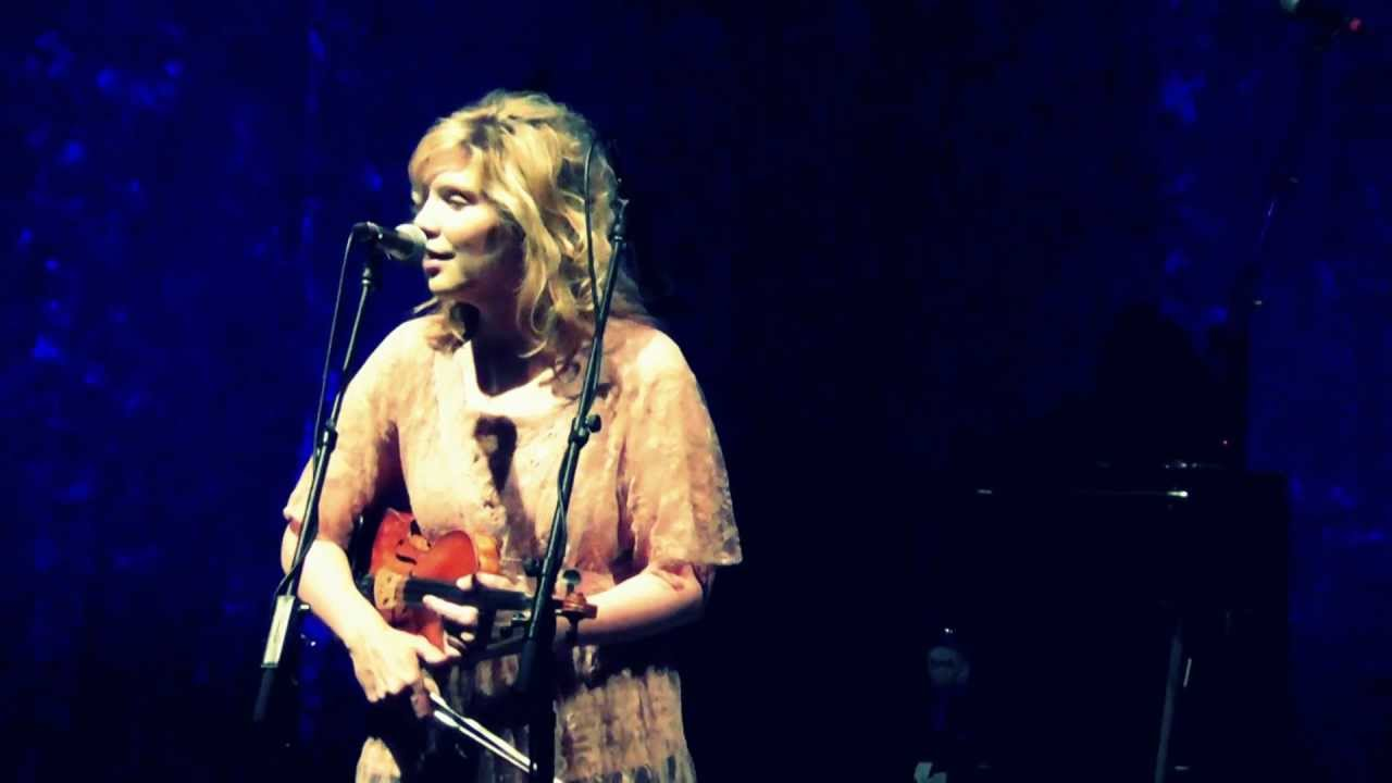 Get to know a 2015 Jazz Fest band: Alison Krauss & Union ...