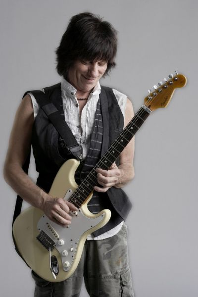 "Jeff Beck drops new live album; appears at Hard Rock ""Rocksino"" in Northfield Park, Ohio this Friday."