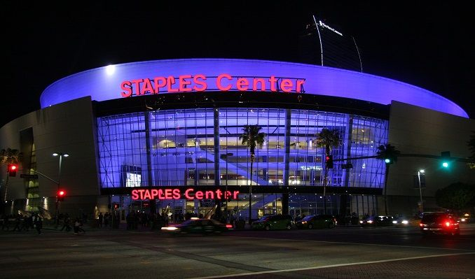 De Jeugd van Tegenwoordig 1.93 tickets at STAPLES Center, Los Angeles