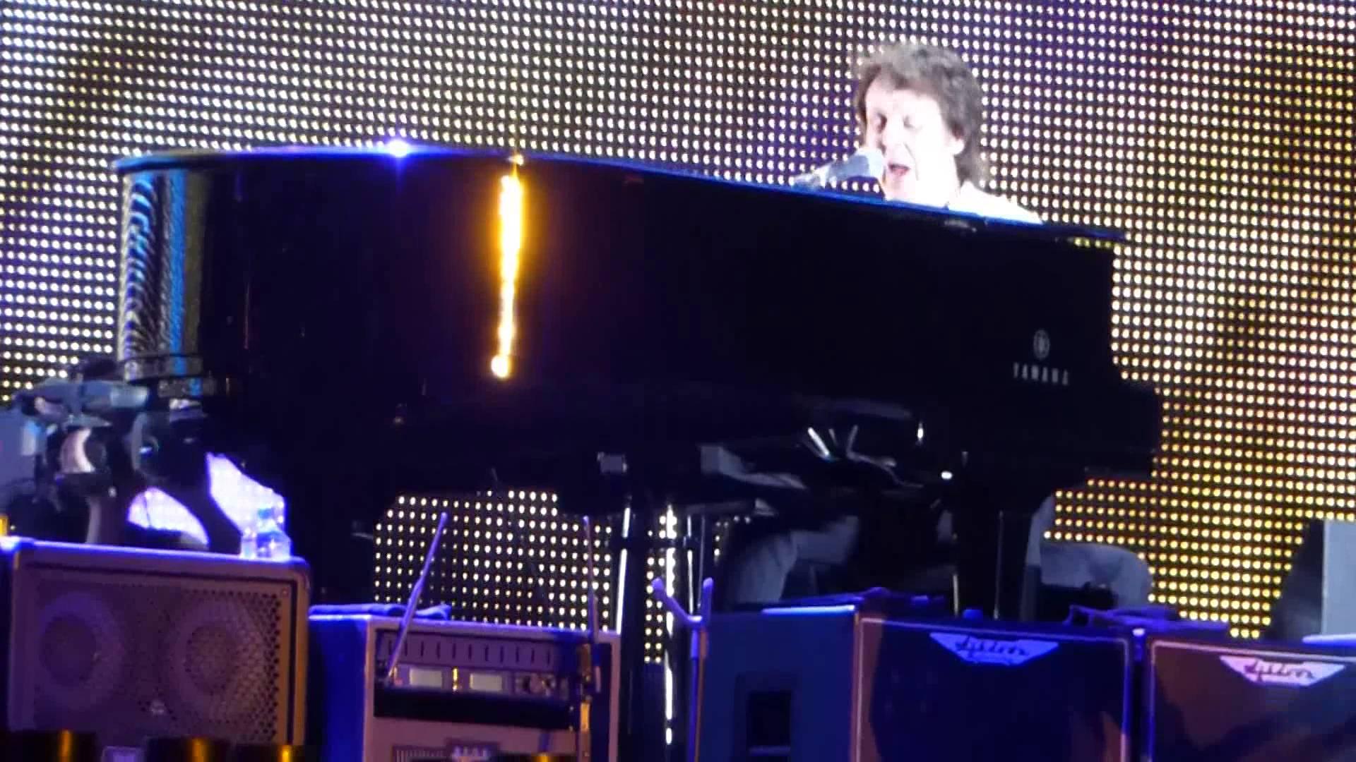 See Paul McCartney dedicate song in memory of Charleston at Firefly festival