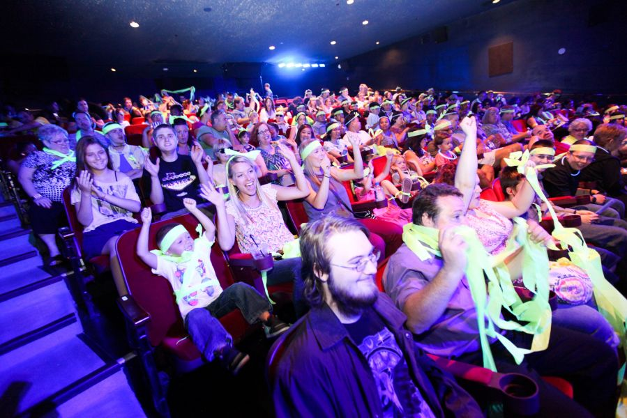 Blue man group las vegas supports autism performing sensory friendly show axs - Blue man group box office ...