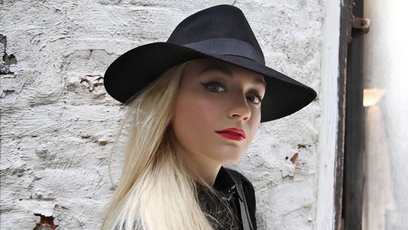 Emily Kinney at the Troubadour