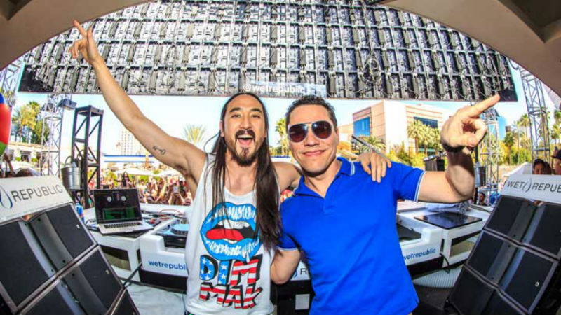 Steve Aoki and Tiësto at Wet Republic