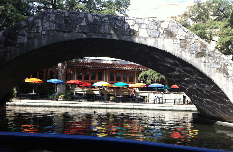 River S Edge Cafe And Patio Bar