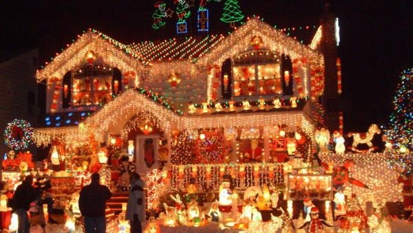 Christmas Lane Brings Holiday Spectacular To Tampa Bay