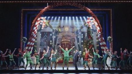 A cute Christmas musical comes to Dallas