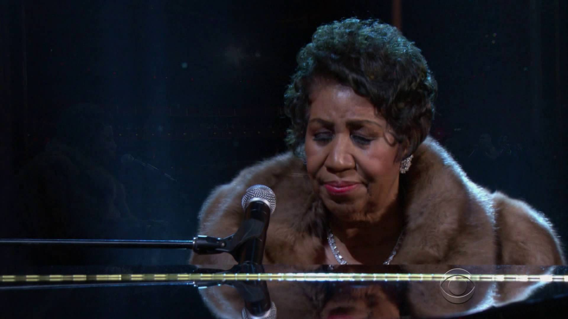 Watch The Queen of Soul bring a tear to Obama's eye