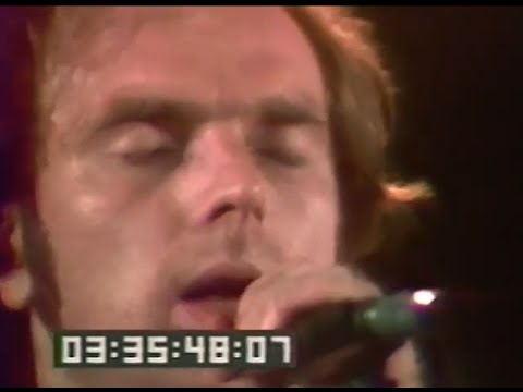 Van Morrison puts an exclamation point on his enduring relevancy at the Shrine