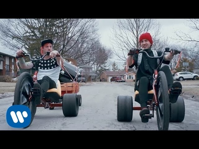 Twenty One Pilots 'Stressed Out' becomes top 3 hit on Hot 100