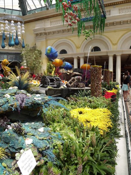 Explore the Bellagio Conservatory with the kids. This photo is from the summer of 2015.