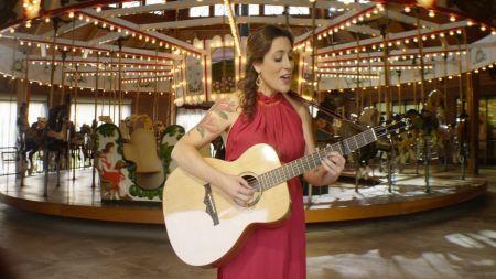 Asheville songwriter Jane Kramer releases new music video, album