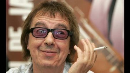 Former Rolling Stones bassist Bill Wyman diagnosed with prostate cancer