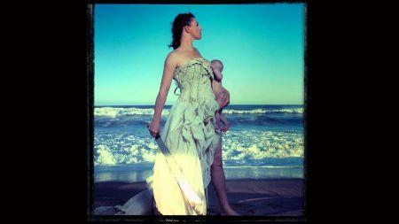 Amanda Palmer releases new full-band track, 'Machete'