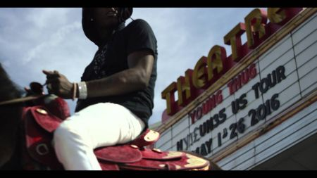 Watch: Young Thug hops on a horse to announce Hy!£UN35 tour