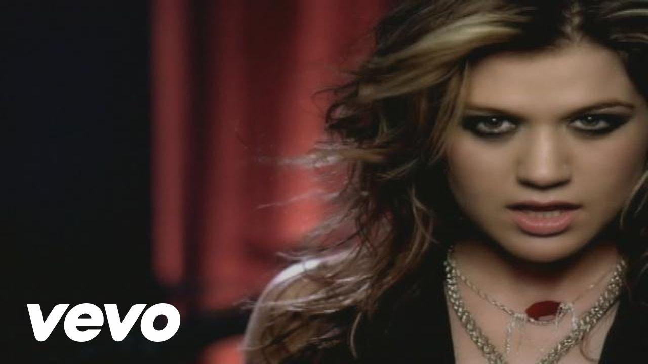 Top 5 album songs from Kelly Clarkson\'s Grammy winning \'Breakaway\' - AXS
