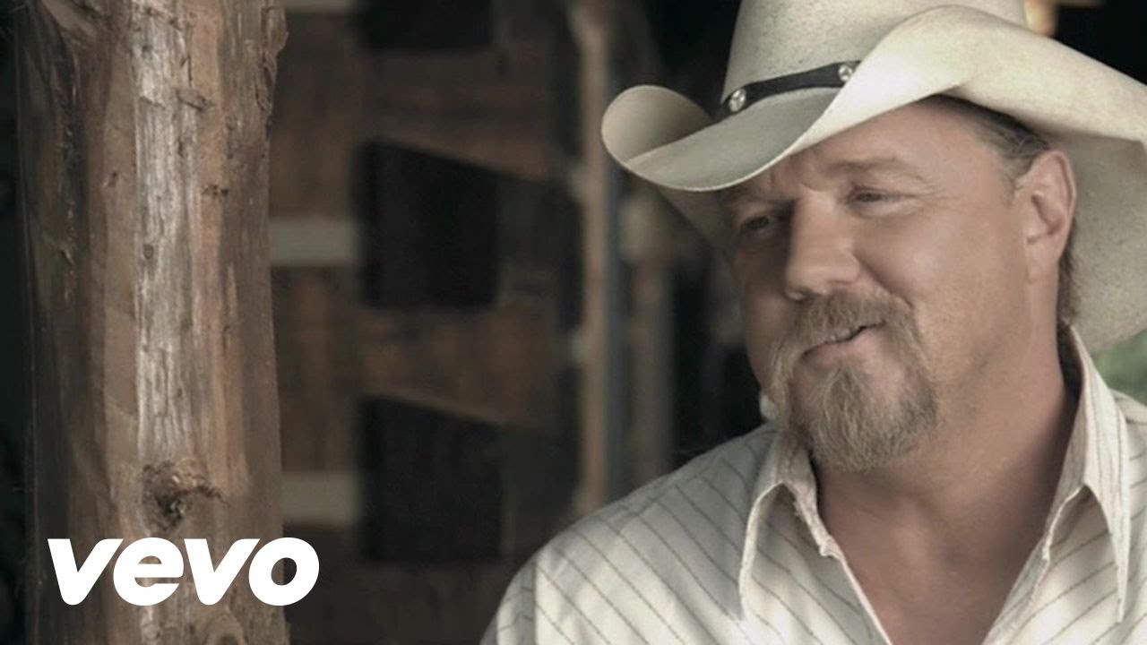 is trace adkins dating anyone